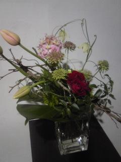 お花を飾りましょう